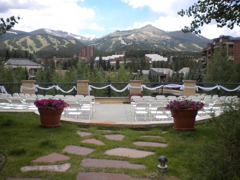 main-st-station-wedding